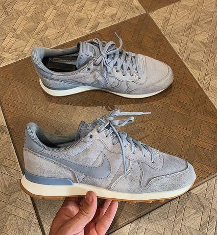 Кроссовки Nike,Adidas