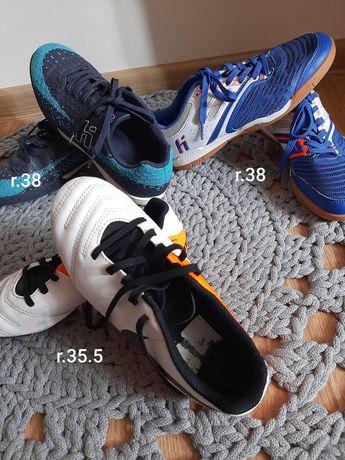 Buty chłopięce halówki lub korki