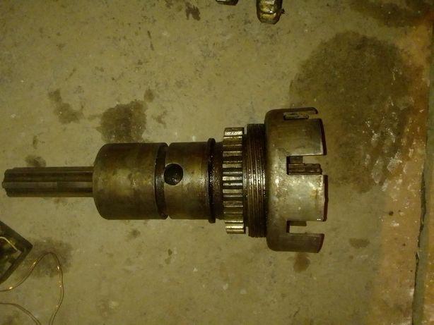 Продам Редуктор пускового двигуна на трактор