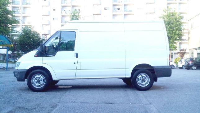 Faço transporte de moveis, mercadorias, mudanças...etc.