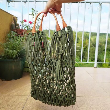 Makramowa torba z bawełnianego sznurka. Bambusowe uchwyty rączki khaki