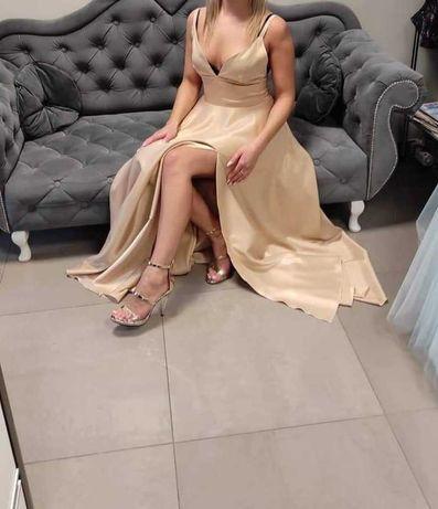 Wieczorowa złota suknia