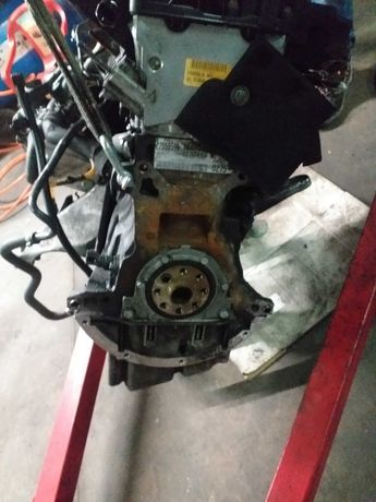 Motor bmw 330 d 184cv