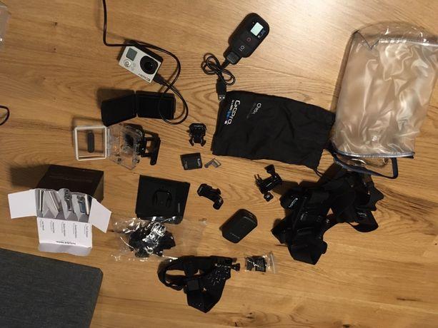 GoPro 3 +Pilot + akcesoria + ekran + dużo dodatków