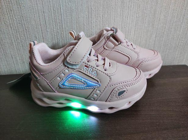 Кросівки для дівчинки (підошва світиться)