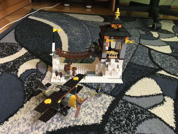 Lego system Adventurers Orient Expedition 7417-Temple of Mount Everest