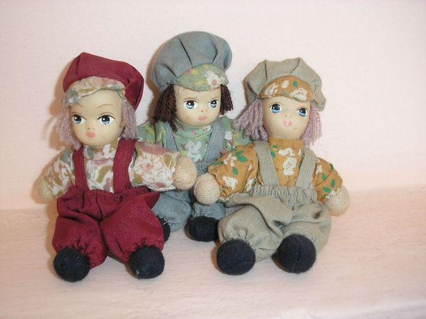 Lalka porcelanowa x 3. Małe laleczki porcelanowe . Trzech chłopców.