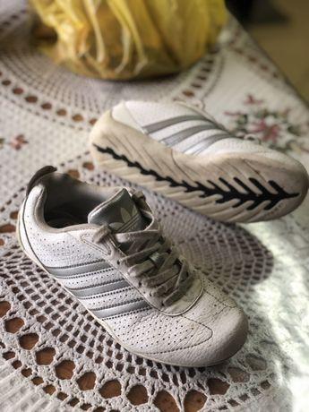 Детские кроссовки Adidas. 32. 9 из 10!