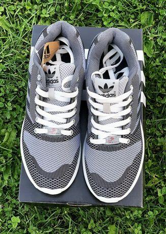 Кроссовки Adidas ZX Torsion серо-белые