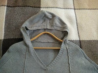 Женский пуловер - пончо