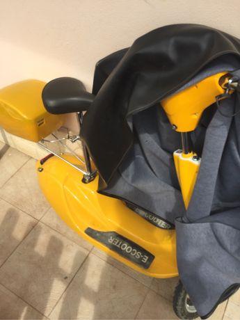 Mini moto escooter eletrica
