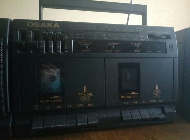 Магнітофон Osaka