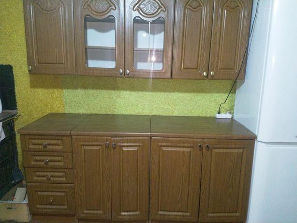 Кухня, меблі для кухні