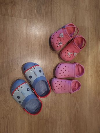 Sandały,  klapki dziecięce Crocs 25,26,28