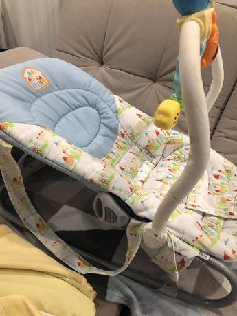 Продам детское кресло-качалку Chicco