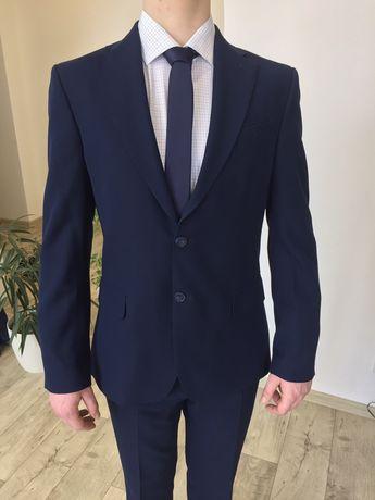 Продам костюм Gregory Arber