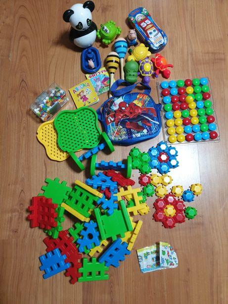 Продам детские игрушки, цена за всё