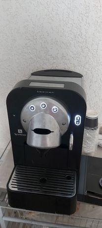 Máquina Nespresso Profissional CS100