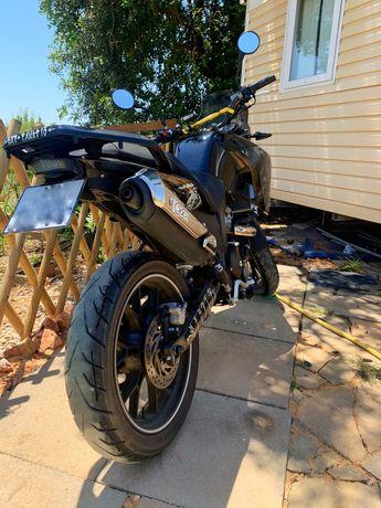 Moto UM DSR adventure 125cc