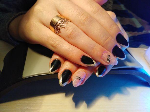 Комбінований Манікюр, покриття гель лаком, гелеве нарощення нігтів.