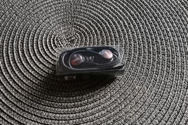 Słuchawki AKG Samsung galaxy ...s8 s9 s10 ... nieużywane z gumkami