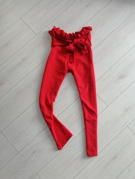 Красные штаны с бантом на резинке укороченные pretty little thing рюши