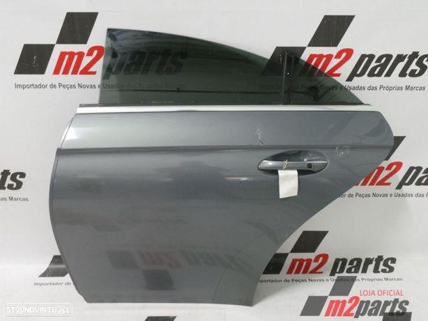 Porta W219 Cor Unica Esquerdo/Trás MERCEDES-BENZ CLS (C219) Semi-Novo
