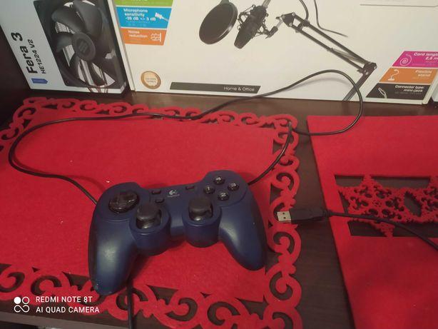 Gamepad Logitech Dual Action (pad usb do PC)