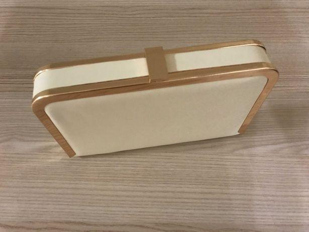 Новая элегантная сумочка-клатч на цепочке