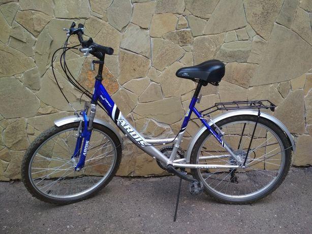 Велосипед в отличном состоянии. Подойдет на рост 140-160см.