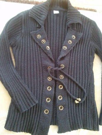 Sweterek czarny wiązany M.nity ozdobne,sweter rozpinany,kardigan