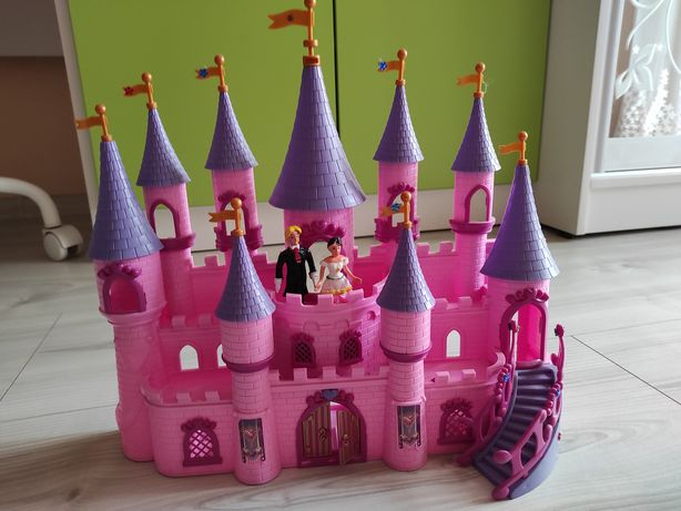 Замок принцеси з підсвіткою