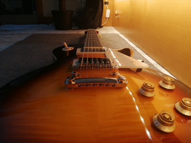 Guitarra elétrica Epiphone Les Paul Standard 50s vintage sunburst