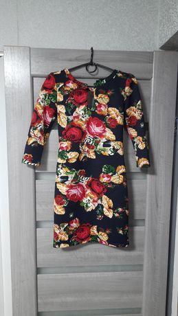 Платье на 42 рр.