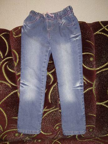 Тёплые джинсы на девочку 3-4года