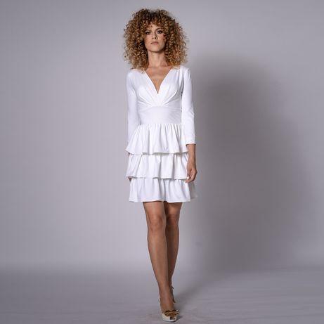 Selena - suknia ślubna mini z falbankami