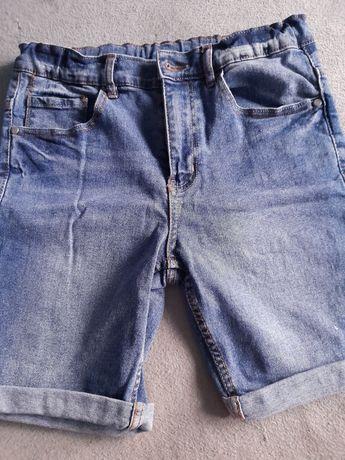 Spodenki jeansowe 152