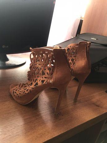 Туфли каблуки босоножки