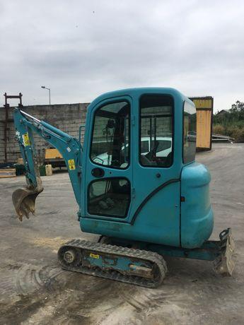 Mini giratoria - escavadora Bobcat E14