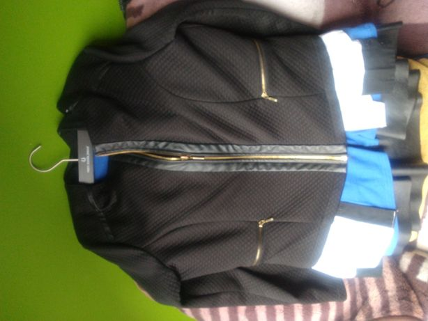 Komplet żakiet i spodniczka