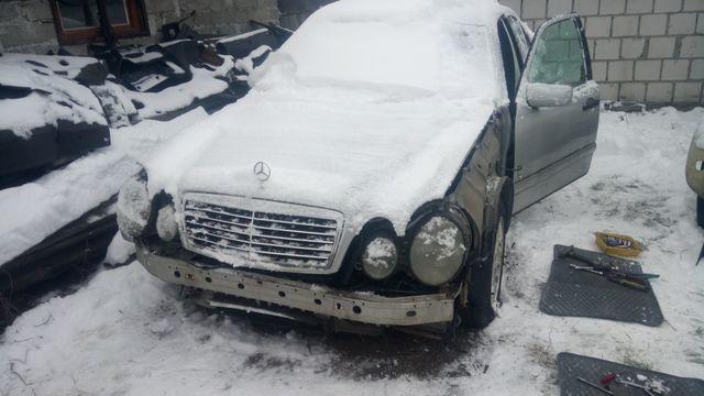 Mercedes E klasa przed liftem