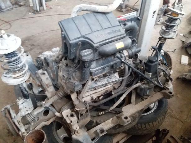 mercedes W168 двигатель с кпп в сборе