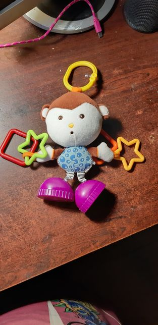 Суперская обезьянка в коляску или кроватку