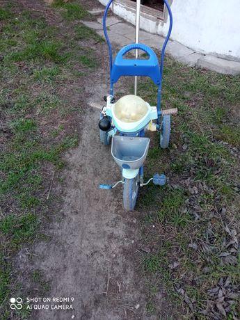 Детский трёхколёсный велосипед