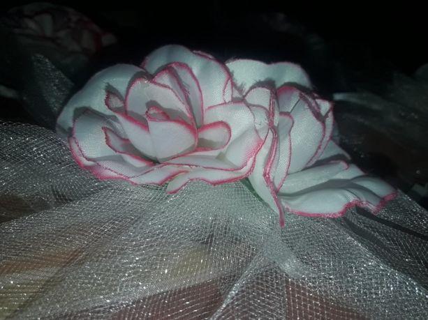 4 цветочка на свадебное авто.