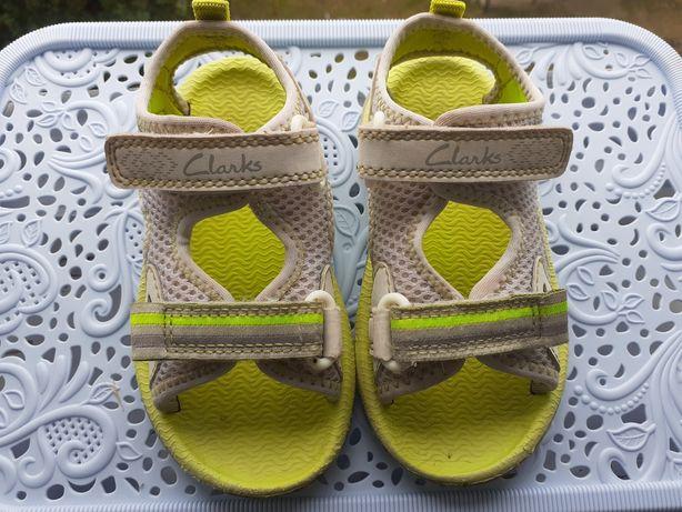 Clarks босоніжки та кросівки 22 розмір Босоножки Кроссовки мокасины