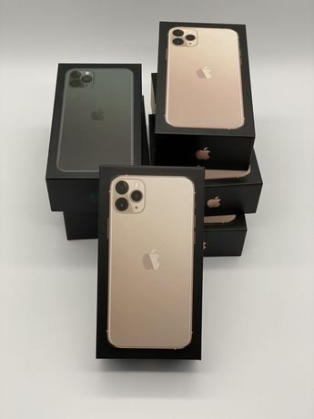 iPhone 11 pro max 256 gold