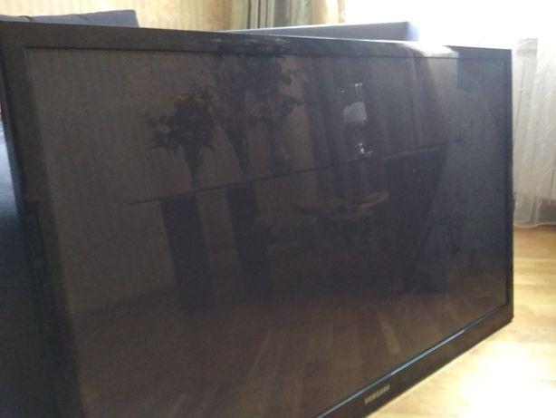 Продам телевізор на частини