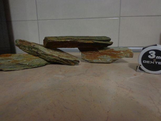 zestaw kamieni do akwarium 3