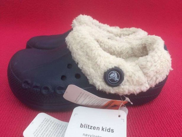 Crocs modelo blitzed kids navy/outmeal